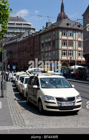 Taxis waiting at Roemerberg, City Hall Square, Frankfurt am Main, Hesse, Germany, Europe - Stock Photo
