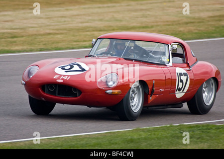 1961 Jaguar E-Type, with driver Nigel Webb, during the RAC TT race at the 2009 Goodwood Revival, Sussex, UK. - Stock Photo
