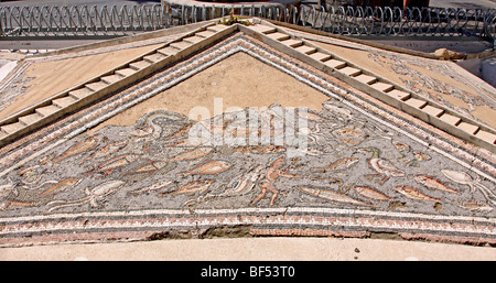 Ancient Roman fountain, 4th Century, mosaic with fish, boats and marine animals, Hersonissos, Limín Chersonisou, - Stock Photo