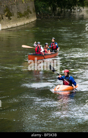 People enjoying canoeing, River Avon, Bradford on Avon, Wiltshire, UK - Stock Photo