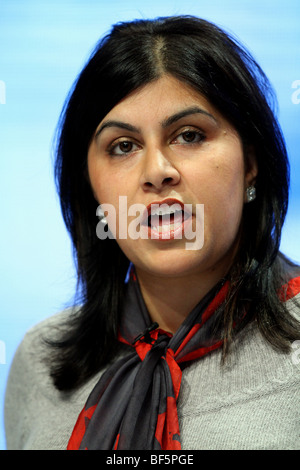 SAYEEDA WARSI MP SHADOW MINISTER FOR COMMUNITY 05 October 2009 MANCHESTER CENTRAL MANCHESTER ENGLAND - Stock Photo
