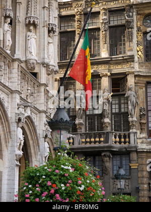 Building details on the Grote Markt square in Brussels, Belgium - Stock Photo
