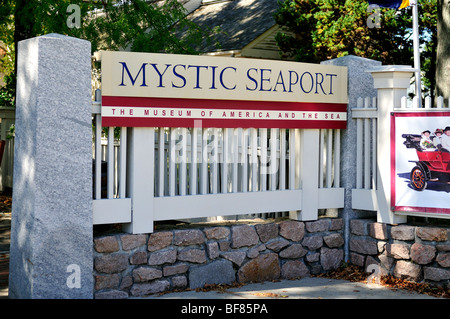 The entrance to the Mystic Seaport museum in Mystic, Connecticut, USA. - Stock Photo