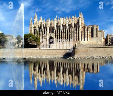 ES - MALLORCA: La Seu Cathedral at Palma de Mallorca - Stock Photo