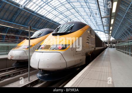 Eurostar trains in St Pancras International station, London, England, UK - Stock Photo
