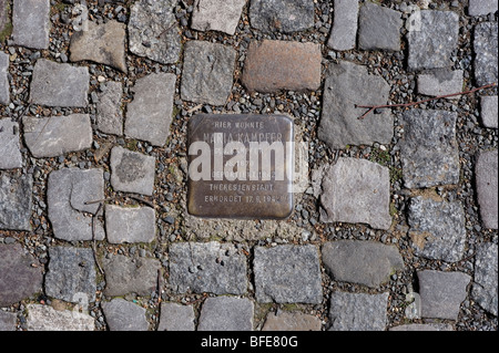 Berlin; 2009; 1989; DDR; Germany; Unified; positive; forward; history; War; Cold War; end; East; West; Divide; city; - Stock Photo