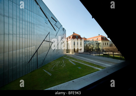 Berlin 2009,Jewish Museum,1989 DDR Germany Unified positive forward history War Cold War end East West Divide city - Stock Photo