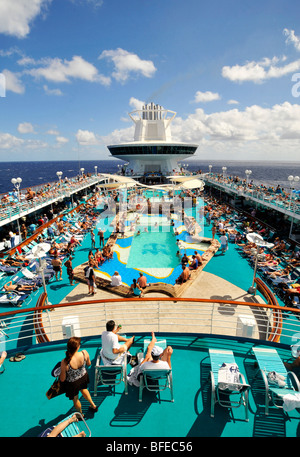 The Royal Caribbean Cruise Ship Quot Majesty Of The Seas Quot Docked At The Stock Photo 20981308 Alamy