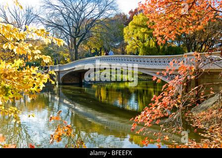 'Bow Bridge' in Autumn Central Park, New York City. - Stock Photo