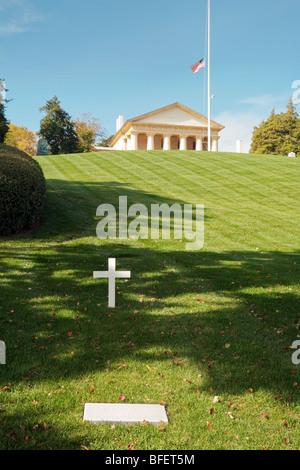 The grave of senator Edward Kennedy, Arlington Cemetery, Washington DC, USA - Stock Photo