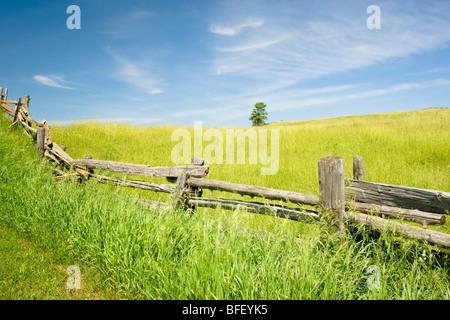 Rail fence, Niagara Escarpment near Terra Noiva, Ontario, Canada - Stock Photo