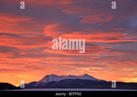 Sunrise over Dawson Peaks, Teslin, Yukon. - Stock Photo