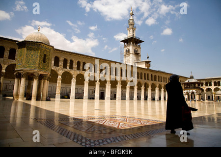 People in Umayyad mosque, Damascus, Syria, Middle East - Stock Photo