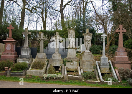 Graves at Highgate cemetery, London England UK - Stock Photo