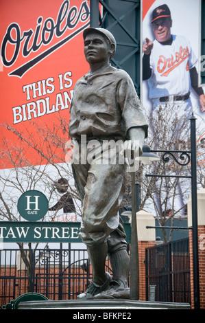 Sculpture in Baltimore Babe Ruth by Susan Lourey – 1992(1994) – Camden St. at Camden Yards - Stock Photo