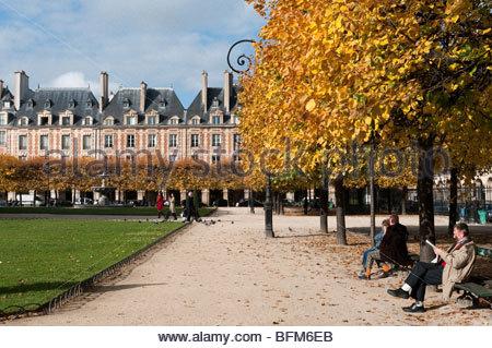 The Place des Vosges, Le Marais, Paris, France - Stock Photo