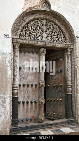 Tanzania, Zanzibar, Stone Town. Door of a house that belonged to Tippu Tip, the richest of Zanzibars late c19th - Stock Photo