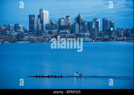 USA, Washington State, Seattle, downtown buildings on Lake Union - Stock Photo