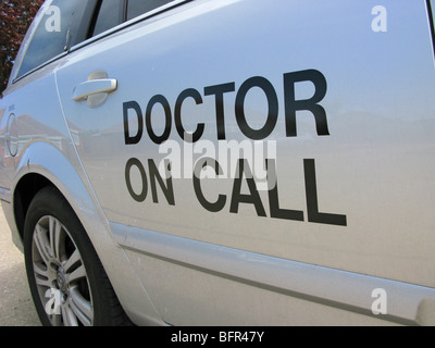 Doctor on call response transport car called out of hours due to an emergency - Stock Photo