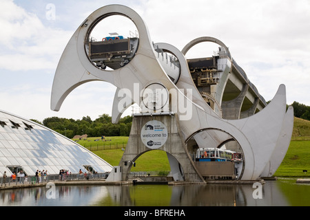 Falkirk Wheel linking the Union Canal with the Forth and Clyde Canal , Falkirk, Scotland - Stock Photo