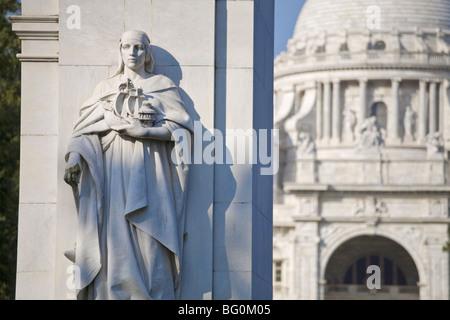 King Edward V11 memorial arch, Victoria Memorial, Chowringhee, Kolkata (Calcutta), West Bengal, India, Asia - Stock Photo