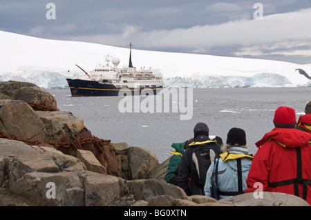 Tourist boat, Port Lockroy, Antarctic Peninsula, Antarctica, Polar Regions - Stock Photo