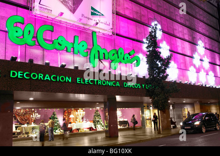 'El Corte Inglés' department store in Spain at christmas. - Stock Photo
