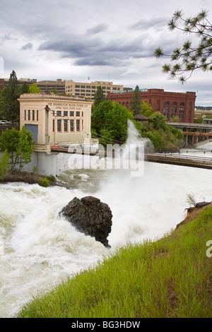 Spokane River in major flood, Riverfront Park, Spokane, Washington State, United States of America, North America - Stock Photo