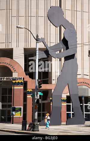 Hammering Man sculpture by Jonathan Borofsky, Seattle Art Museum, Seattle, Washington State, United States of America - Stock Photo