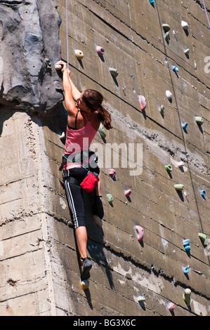 Kletterwand, Haus des Meeres, Wien, Österreich | climbing wall, house of the sea, Vienna, Austria  - Stock Photo