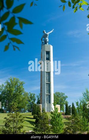 USA, Alabama, Birmingham, Vulcan Park, Vulcan Statue Is The World's Largest Cast Iron Statue, Red Mountain - Stock Photo