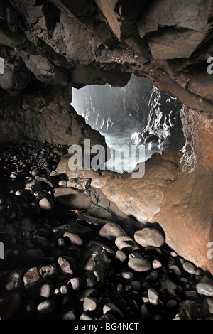 Portcoon cave, Giant's Causeway, County Antirm - Stock Photo