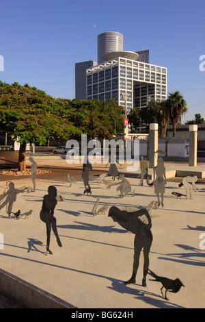 Israel, Tel Aviv-Yafo, the Square in front of Tel Aviv Museum of Art - Stock Photo