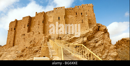 Arab fortress Qala'at Ibn Maan in ancient Roman time town in Palmyra (Tadmor), Syria. - Stock Photo
