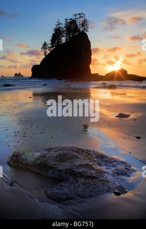 Sunset at Second Beach in Washington state's Olympic National Park - Stock Photo
