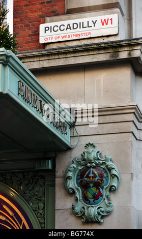 Detail on the Fortnum and Mason Store in the West End of London - Stock Photo