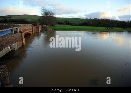 The river ouse at alfriston burst its banks and along with heavy rain flooded the surrounding fields - Stock Photo