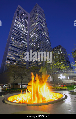Canada, Quebec, Montreal, Place Ville Marie - Stock Photo