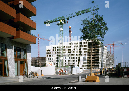 Sept 27, 2009 - Überseequartier under construction at Hafencity in the German city of Hamburg. - Stock Photo