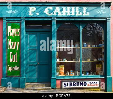 Ireland, County Clare, Bunratty Folk Park, The Village Street denotes village life in 19th century Ireland, P. Cahill - Stock Photo