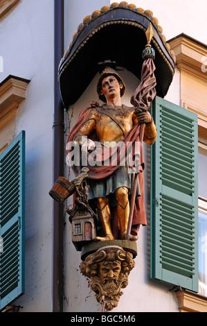 Statue of the 'Holy Florian' on the corner of a house, Karolinenstrasse, Bamberg, Upper Franconia, Bavaria, Germany, Europe