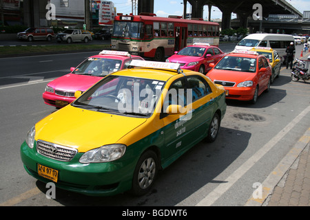 Taxis waiting for customers in Bangkok, Thailand. - Stock Photo