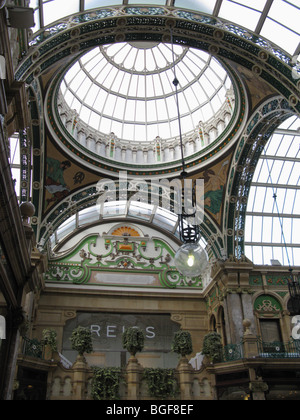 Interior of the Cross County Arcade Leeds UK Victorian Quarter - Stock Photo