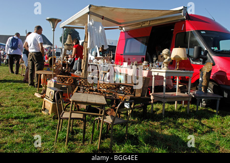 brocante vide grenier car boot sale sud touraine. Black Bedroom Furniture Sets. Home Design Ideas