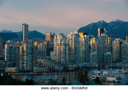 Apartments and condominiums along False Creek in Vancouver, BC Canada - Stock Photo