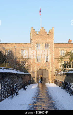 England; Cambridge; Jesus College Gatehouse in Winter - Stock Photo