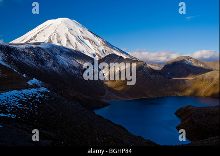Mount Ngauruhoe & Upper Tama Lake, Tongariro National Park, North Island, New Zealand - Stock Photo