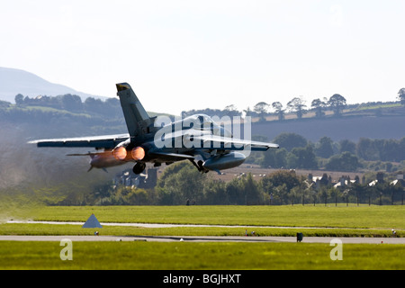 RAF Tornado F3 - 111(F) Sqn taking off with full afterburners at RAF Leuchars Airshow 2009, Fife, Scotland - Stock Photo