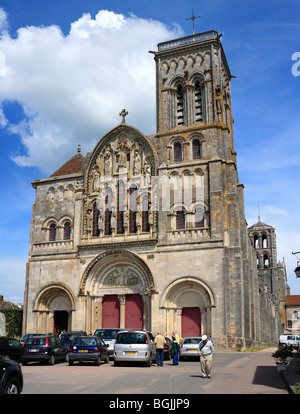 Church Sainte Marie Madeleine (Basilica of St. Magdalene), Vezelay, Burgundy, France - Stock Photo
