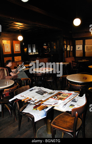 Cafe Hawelka, Vienna, Austria - one of the oldest cafes in Vienna - Stock Photo